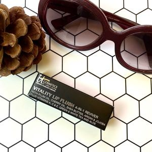 Other - It Cosmetics Vitality Lip Flush